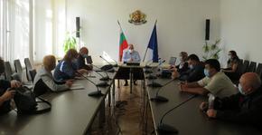 Обсъжда се въвеждането на допълнителни противоепидемични мерки в областта