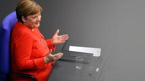 Укрепен ЕС с по-голяма отговорност - Меркел представи германското европредседателство