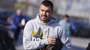 """След шест месеца и само три мача Валери Божинов се разделя с """"Пескара"""""""