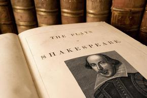 Продадоха на търг рядка книга на Шекспир за 9,97 милиона долара
