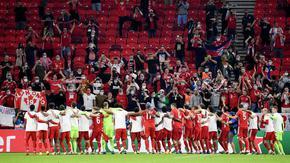 УЕФА отваря вратите за публика още следващата седмица