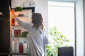 Как хладилникът да хаби по-малко ток
