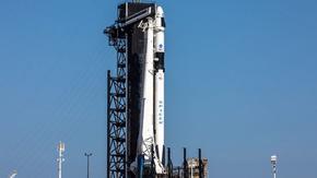 За пръв път в историята частна компания изпраща астронавти в космоса