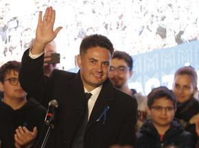 Независим консерватор измести Клара Добрев от прекия сблъсък с Виктор Орбан