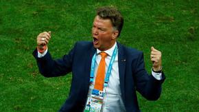 Ван Гаал се завърна начело на Нидерландия