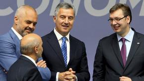 """""""Мило, благодаря ти, че те има"""" - албанският премиер агитира за вота в Черна гора"""