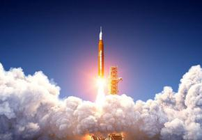 """""""Спейс Екс"""" е готова да изстреля първия изцяло цивилен екипаж на орбита"""