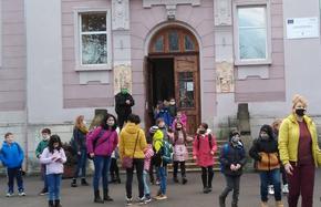 Едва 1/4 от учителите в Шуменска област желаят да се ваксинират срещу Covid-19