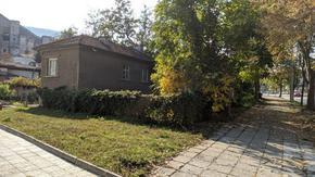 Община Шумен продава на търг имоти за над 800 хил. лв.