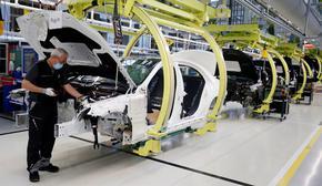 Автомобилният сектор в Германия на най-ниско ниво от обединението