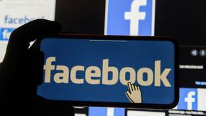 """Натискът на рекламодателите над """"Фейсбук"""" става глобален"""