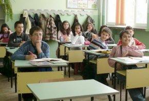 """Семействата на над 10 000 деца в Шуменско ще получат храни по схемите """"Училищен плод"""" и """"Училищно мляко"""""""