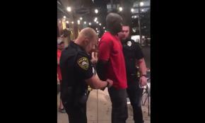 Полицаи в САЩ с късата клечка - арестуваха чернокож агент на ФБР