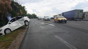 Румънски ТИР удари турски Фиат до 5-ти километър