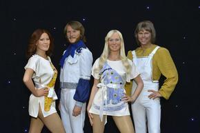 """Албумът """"ABBA Gold"""" постави рекорд: 1000 седмици в британската класация / dir.bg"""