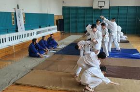 """Възпитаниците на школа """"Зан-Шин"""" защитиха нови степени по джуджуцу"""