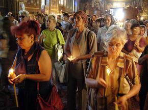 Православната църквата почита паметта на Светите равноапостоли Петър и Павел