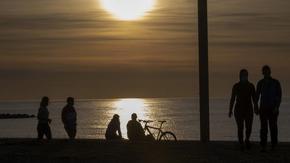 Испания въведе 14-дневна карантина за всички пристигащи
