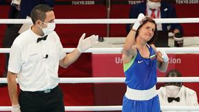 С убедителна победа Стойка Кръстева стигна до мача за златото в бокса