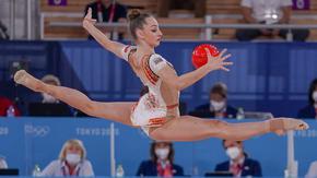 Боряна Калейн стигна до финал в художествената гимнастика, Катрин Тасева отпадна