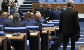 Депутатите няма да работят в петък, не събраха кворум