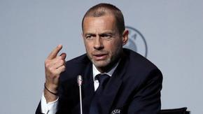 Добрият стар футбол с фенове ще се завърне скоро, каза президентът на УЕФА
