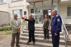 Мобилни полицейски екипи се срещнаха с кметове на 5 населени места в Шуменско