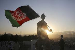 """""""Ню Йорк таймс"""": Москва давала пари за убийства на US войници в Афганистан"""