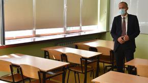 Националното външно оценяване за 10 клас ще се проведе