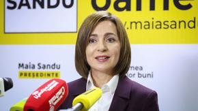 В Молдова парламентът опита да отнеме контрола на службите от бъдещия проевропейски президент
