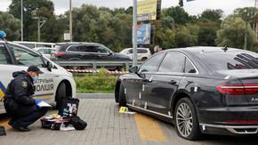 Колата на първия помощник на украинския президент е била обстрелвана край Киев