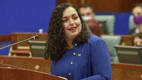 Косово избра за президент жена на 38 г., завършила в САЩ