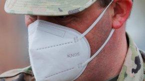 Канада се оплака, че 1 млн. китайски предпазни маски не отговарят на стандартите