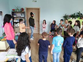 """Над 500 ученици от Шуменско се включват в образователна кампания """"Гората и климатичните промени"""""""