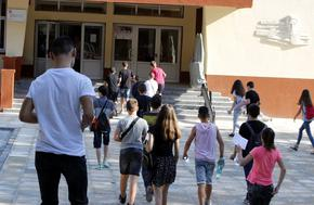 В Шуменско близо 3000 ученици от 7-ми и 10-ти клас държат изпити по БЕЛ