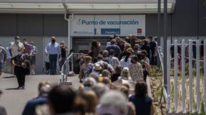 Семейната солидарност направи Испания лидер във ваксинацията срещу COVID-19
