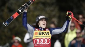 Бриньоне спечели титлата предсрочно и детронира Шифрин в алпийските ски