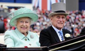 Елизабет II със собствена марка джин