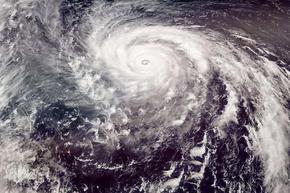 Ураганите в Атлантическия океан са удвоили силата си за 60 години