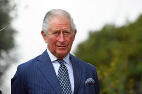 Принц Чарлз стана моден дизайнер