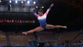 Симон Байлс се завърна на сцената в Токио с медал