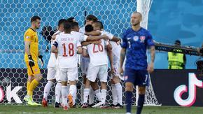 Испания стигна осминафиналите след зрелищни последни мачове в група Е