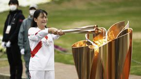 Щафетата с олимпийския огън по улиците на Токио е отменена