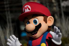 Неразпечатана игра Супер Марио Брос беше продадена на търг за 660 хил. долара