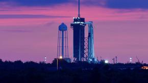 SpaceX отново ще опита да стартира първия частен пилотиран полет