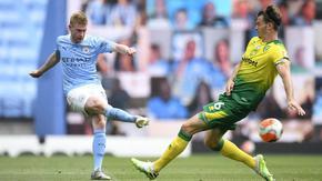 """Капитанът на """"Сити"""" взе приза за играч на сезона във Висшата лига"""
