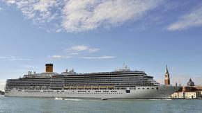 Венеция започва да отклонява големите круизни кораби