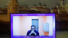 Съдът остави Навални в ареста след обиски в дома му и при сподвижници
