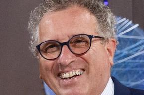 Люксембургският министър на финансите се впуска в състезанието за президент на еврогрупата