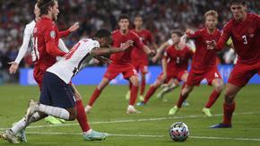 Заслужена победа с несъществуваща дузпа: Реакциите след успеха на Англия